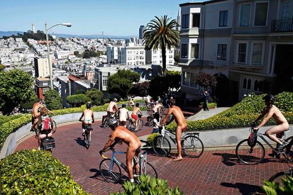 Naked skaters in san francisco