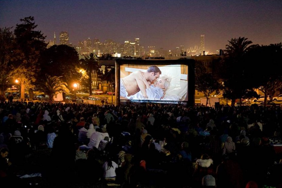 Film Night In The Park 2018 Kick Off Quot Priscilla Queen Of