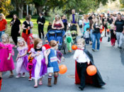 Bay Street Halloween Boo Bash: Dog Costume Parade, Haunted Carriages & Magic Shows | Emeryville