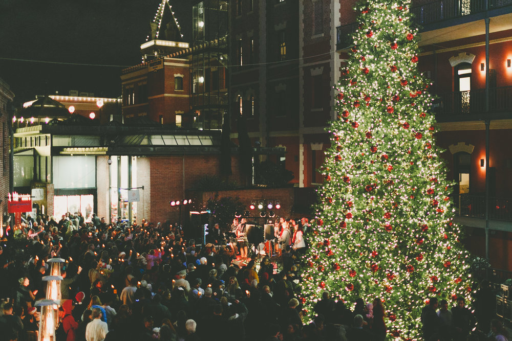 Christmas Tree Lighting San Francisco 2020 Pier 39 Ghirardelli Square 56th Annual Tree Lighting Ceremony | 2020