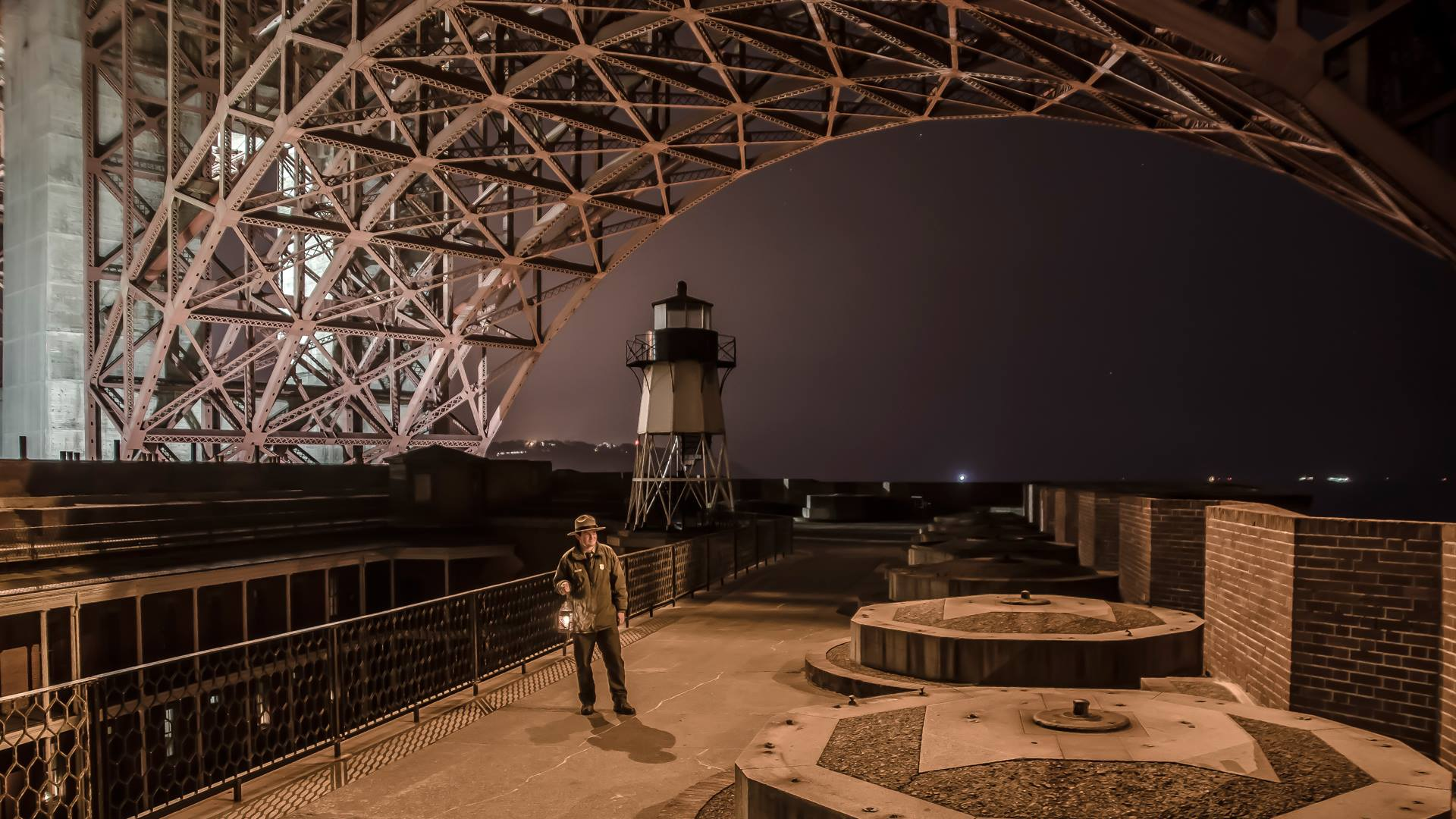 fort point candlelight tour