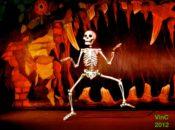 Driveway Follies: Oakland's Epic Halloween DIY Puppet Show | East Bay