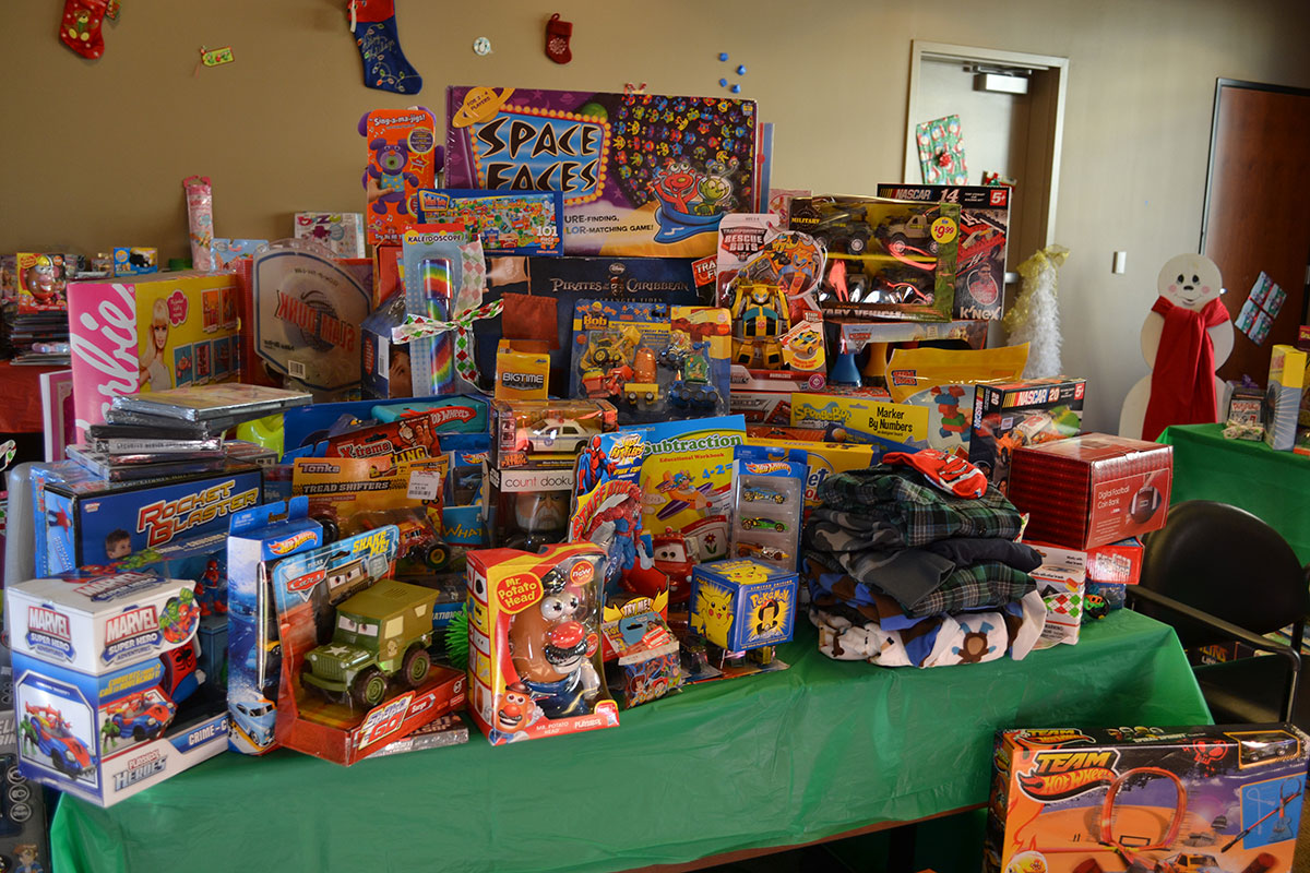 Nfl Alumni Norcal Chapter Annual Holiday Toy Drive