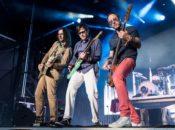 Weezer + The Pixies Co-Headlining Tour | Shoreline Amphitheatre