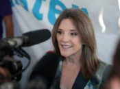 """Finding Hope During Crisis"" Live Stream w/ Presidential Candidate Marianne Williamson"